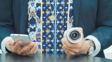 Olympus AIR-A01 – a compact camera with the heart of a DSLR