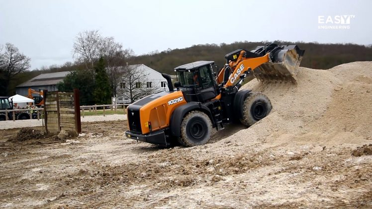 The new CASE G Series wheel loaders @ CASE Customer Center Paris