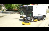 KARCHER MC 130: Road-sweeping machine